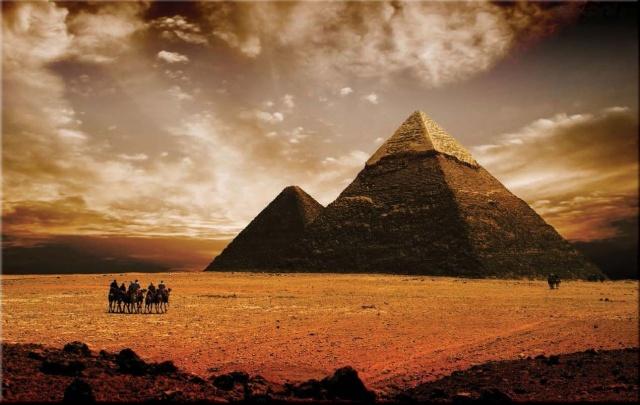 1.Keops Piramidi