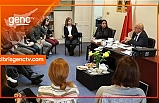 Özyiğit, Londra Türk Dili Okullarındaki öğretmenlerle görüştü