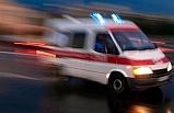 Ambulans Alsancak'ta kaza geçirdi, 2 kişi yaralandı