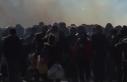 Yunan polisinden göçmenlere gaz bombası
