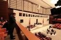 Saner, TBMM locasından milletvekillerini selamladı