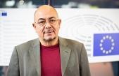 Türkçe'nin Avrupa Birliği'nin resmi dilleri arasına girmesi adına imza kapmanyası
