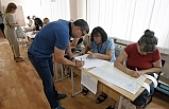 Ukrayna'da halk parlamento seçimleri için sandık başında