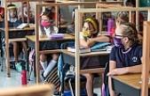 Dünya Sağlık Örgütü, koronavirüs salgınına rağmen okulların açılmasına sıcak bakıyor