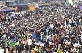 Hindistan'da binlerce kadın, protestocu çiftçilerin eylemine katıldı