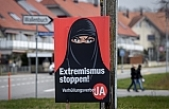 İsviçre'de referandumla ibadet yerleri hariç tüm kamusal alanlarda burka ve peçe yasaklandı