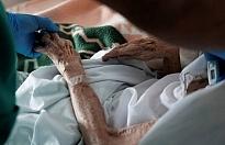 Almanya ve Rusya'da koronavirüsten rekor ölüm
