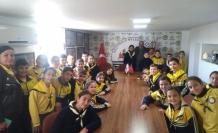 Geçitkale İlkokulu izcileri Geçitkale Belediyesi'ne ziyaret gerçekleştirdi