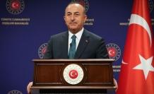 """Çavuşoğlu: """"Gerçekleri yüzlerine söyleyince Avrupa'nın ezik ırkçıları yine kendini gösterdi"""""""