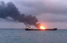 Umman Denizi'nde iki büyük petrol tankerinde patlama