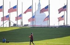 ABD'de Kovid-19 kurbanları için 3 gün bayraklar yarıya indirilecek