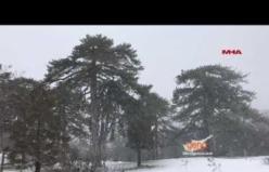 Trodos'ta Kar 1 Metre'ye Ulaştı