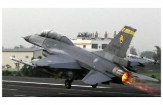 TAYVAN'DA F-16 KAYBOLDU