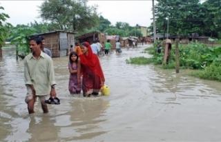 NEPAL'DE HEYELAN NEDENİYLE EN AZ 8 KİŞİ HAYATINI...