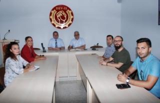 """""""EKONOMİK KRİZDEN KURTULMANIN YOLLARI VAR; BİRLİKTE..."""