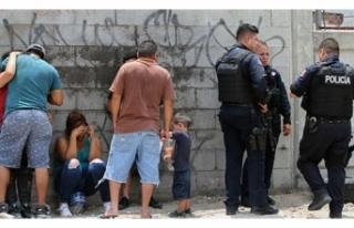 MEKSİKA'DA BİR EVDE 11 CESET BULUNDU