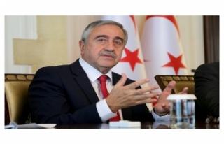 CUMHURBAŞKANI AKINCI MECLİS'TE TEMSİL EDİLEN...