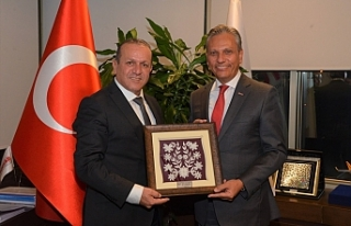 Ataoğlu, TURSAB Başkanı ile görüştü