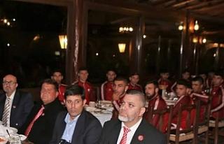 Bakan Özersay KTFF ve LTTFF onuruna akşam yemeği...