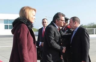 Başbakan Erhürman İstanbul'a gitti