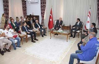 Başbakan Erhürman, Klasik Otomobil Rallicileri kabul...