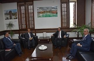 Büyükelçi Başçeri, Bakan Ataoğlu'nu ziyaret...