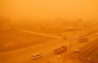 İran'da toz fırtınası alarmı