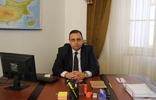 """""""Türkiye Kıbrıs'ı elinde tutmak zorunda"""""""