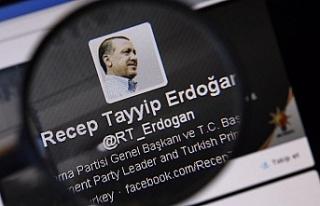 AK Parti, Türkiye'nin ilk sanal genel merkezini...