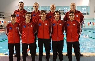 Başarılı yüzücülerimiz başarı peşinde