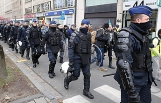 Brüksel'de gösteriye müdahale