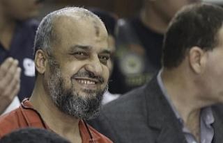 Gülümsemeye 2 yıl hapis