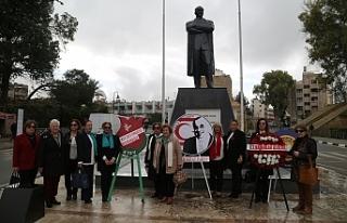 Kadın örgütleri Atatürk Anıtı ve Zübeyde Hanım...