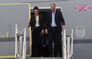 Prens William eşi ile Ağrotur Üssü'nde