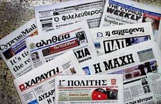 Rum siyasilerden Anastasiades'in açıklamalarına...