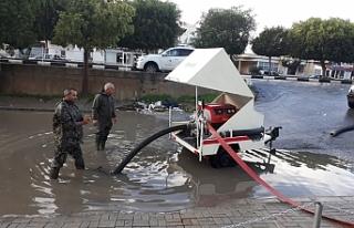 Sivil Savunma'dan sel baskınlarına müdahale...