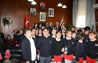 TED Kuzey Kıbrıs öğrencileri Meclis'te