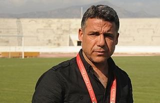 Gönyeli'de, Mustafa Özarabacı görevde