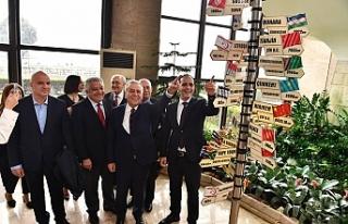 """Harmancı: """"Lefkoşa ve İzmir artık kardeş..."""