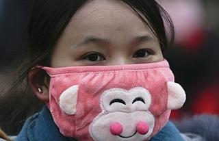 Hava kirliliğine ilginç çözüm: İç çamaşırlarını...