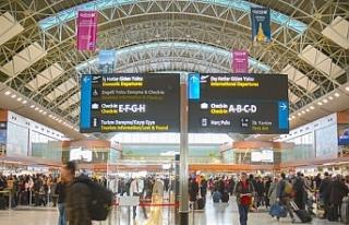 İstanbul havalimanları 100 milyon yolcu barajını...