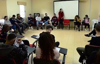 Lapta Gençlik Kampı'nda lider eğitimi