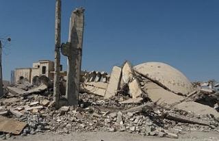 """Suriye'de geçen yıl 587 """"yaşam merkezi"""" hedef..."""