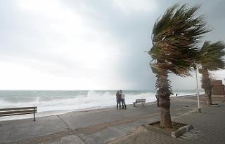 Üreticilere ve vatandaşlara fırtına uyarısı