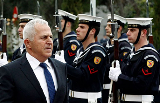 Yunanistan Savunma Bakanı Kıbrıs'ın güneyinde