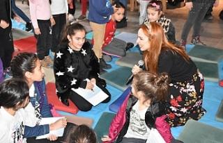 Girne Belediyesi Sanat Galerisi'nde Masal Atölyesi...