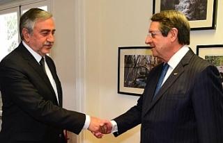 Liderler görüşmesi Rum gazetelerinde manşetlerde