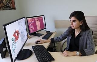 ODTÜ'lü kadın akademisyen, kanserin şifrelerini...