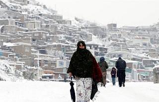 Pakistan, son 48 yılın en yoğun kar yağışını...