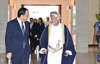 Rum Dışişleri Bakanı Umman'da temaslarda...